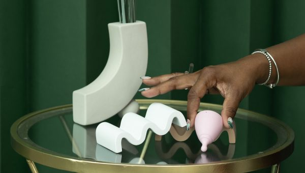 Remove menstrual cup painfree