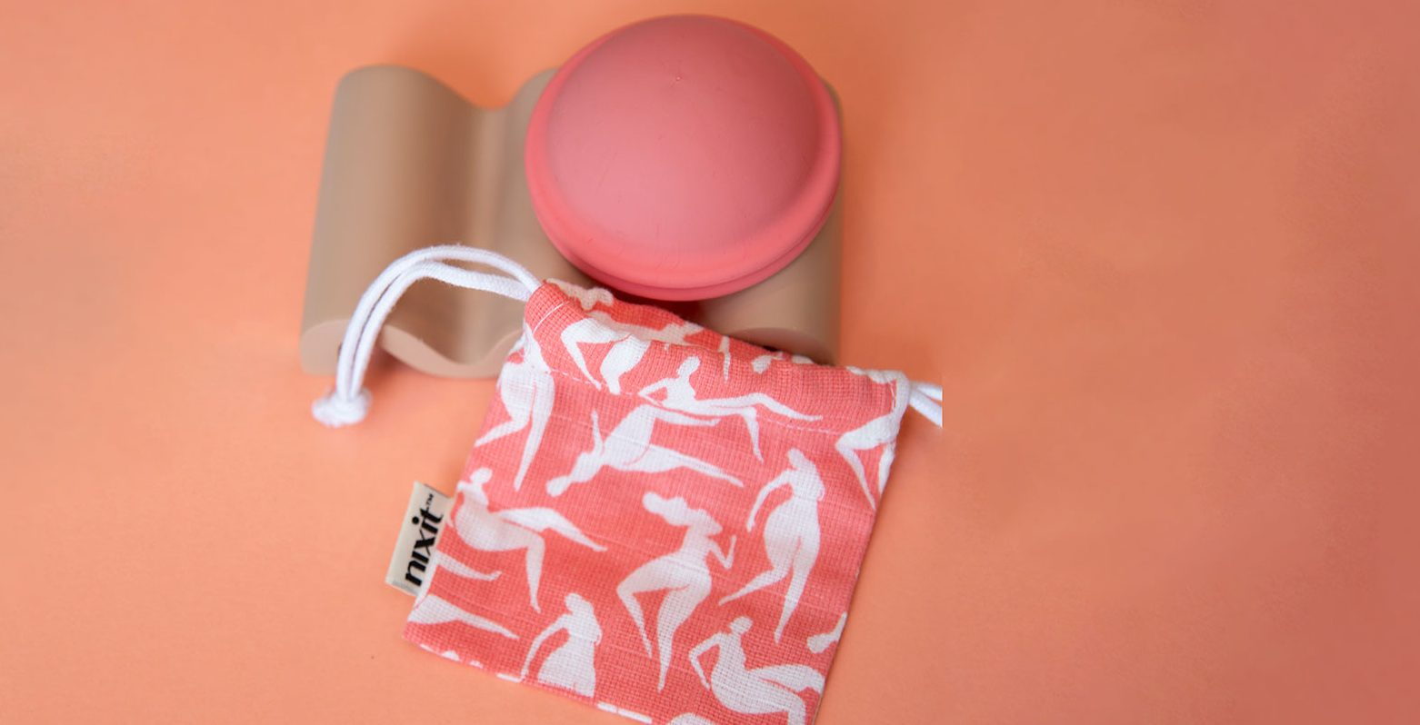 nixit cup with pouch